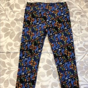 Lularoe leggings.